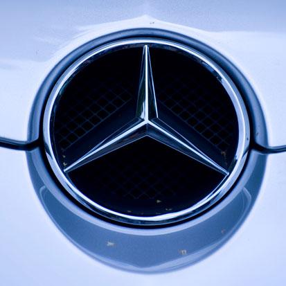 na zdjeicu jest znaczek Mercedesa