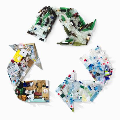 na zdjęciu jest symbol ekomolcziny zonaczający recycling