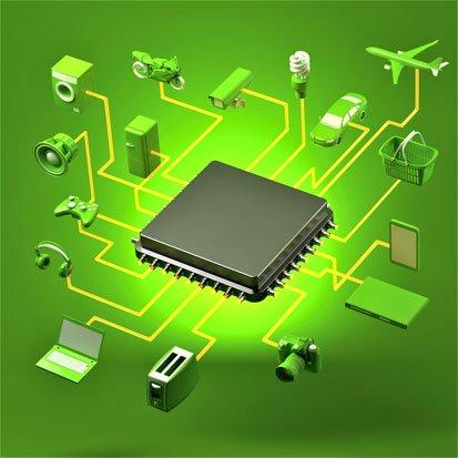 na zdjęciu jest procesor podłączony siecią do różnych sprzętów domowych